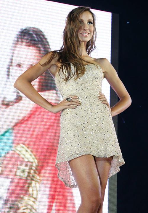 Ngọc Oanh đoạt giải 3 Siêu mẫu Quốc tế - 18