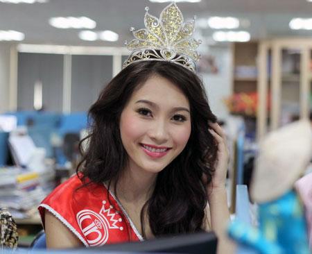 Sự thật học vấn của Tân hoa hậu Việt Nam - 2