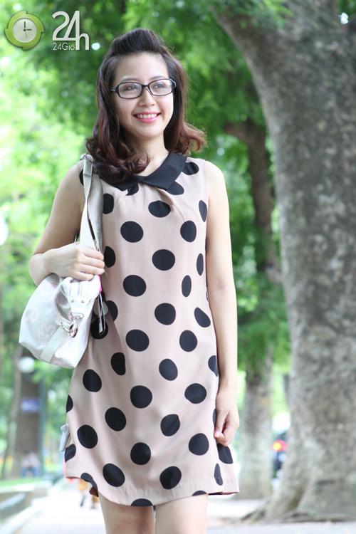 Rạng rỡ với váy suông họa tiết - 1