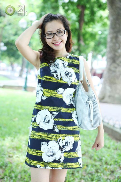 Rạng rỡ với váy suông họa tiết - 3