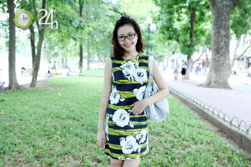 Rạng rỡ với váy suông họa tiết - 5