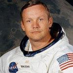 Tin tức trong ngày - Phi hành gia Armstrong sẽ yên nghỉ dưới biển