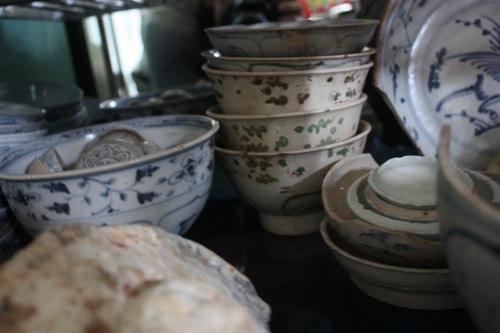 Quảng Ngãi: Mò cổ vật trong xác tàu đắm - 2