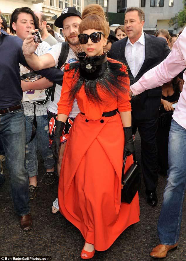 Heidi Klum hở hang, Lady Gaga ngột ngạt, Thời trang, Heidi Klum, nong cung thoi trang moi ngay, thoi trang sexy, sao sexy, sao mac ho, lady gaga, tuan le thoi trang, tuan le thoi trang new york, tin thoi trang,