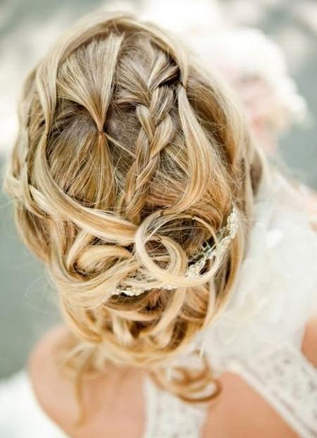 Tóc búi lãng mạn cho cô dâu 2012 - 16