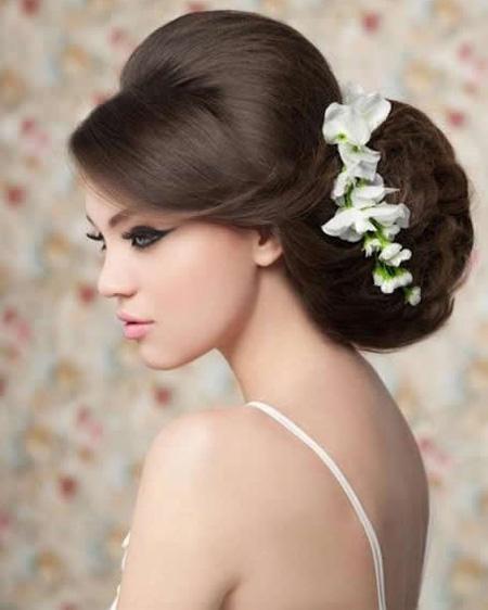 Tóc búi lãng mạn cho cô dâu 2012 - 2