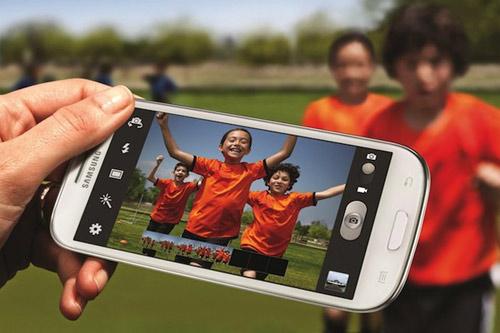 Samsung Galaxy S3 giảm giá mạnh vì iPhone 5 - 1