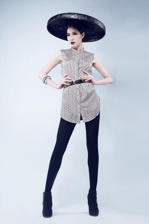 Huỳnh Nu tung hứng với nón quai thao - 13