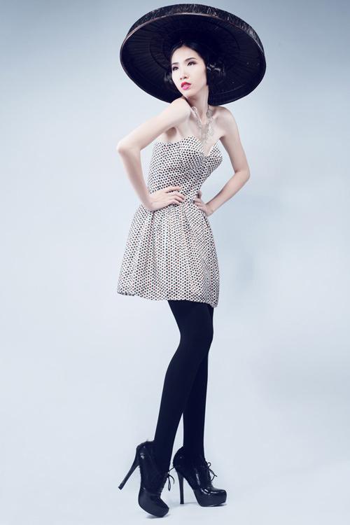 Huỳnh Nu tung hứng với nón quai thao - 5