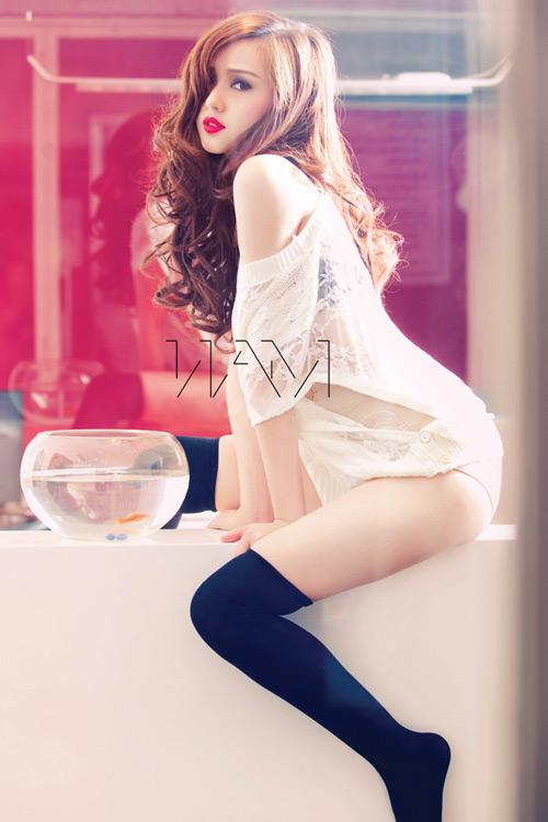 Yến Trang, Tâm Tít đua nhau nóng bỏng - 13