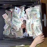 Tin tức trong ngày - Một người nghèo trả lại 100 triệu nhặt được