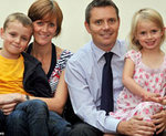 Sức khỏe đời sống - Bố mẹ bệnh nan y thấp thỏm lo số phận con thơ