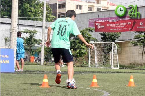 Sinh viên Sài Thành tranh tài Futsal 2012 - 4