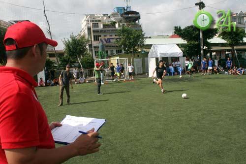 Sinh viên Sài Thành tranh tài Futsal 2012 - 5