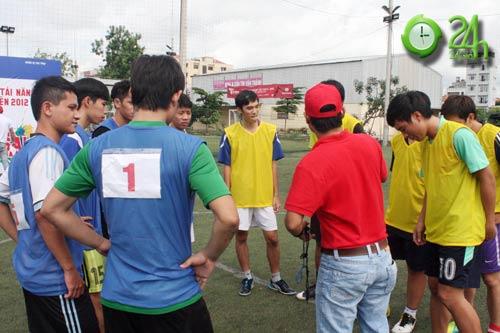 Sinh viên Sài Thành tranh tài Futsal 2012 - 6