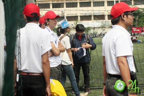 Sinh viên Sài Thành tranh tài Futsal 2012 - 8