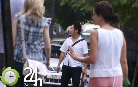 Bằng Kiều vác điếu cày dạo phố - 1
