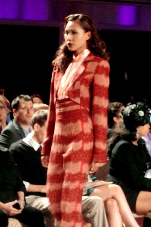 Minh Triệu khiến thời trang Việt tự hào - 4
