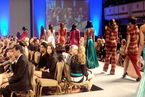 Minh Triệu khiến thời trang Việt tự hào - 8