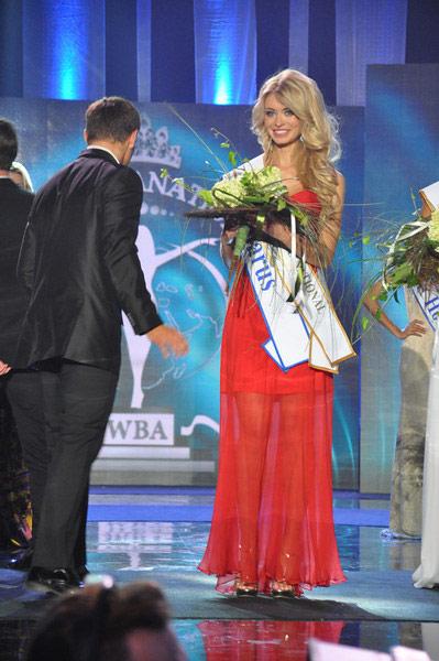 Ngắm dung nhan Hoa hậu Siêu quốc gia 2012 - 11