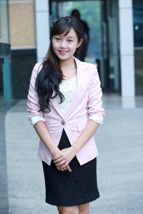 """Mẫu vest nào """"hot"""" nhất Thu 2012? - 3"""