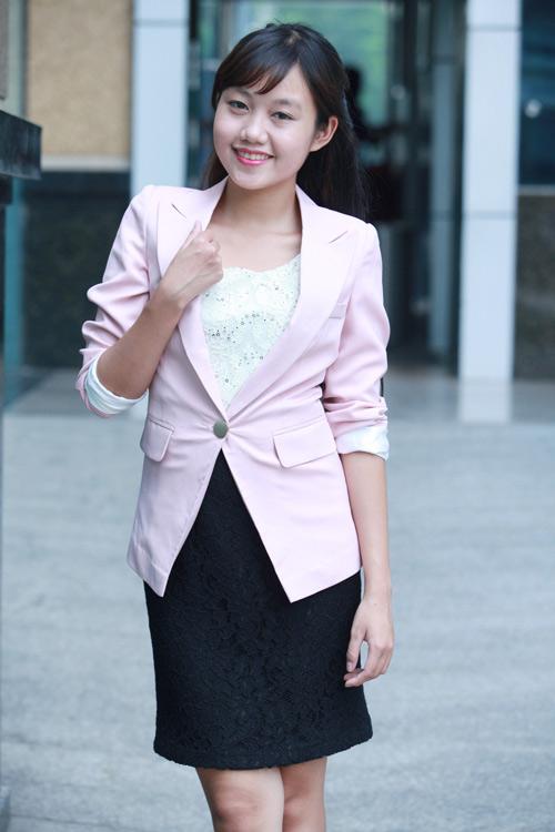 """Mẫu vest nào """"hot"""" nhất Thu 2012? - 2"""