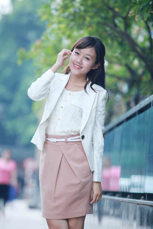 """Mẫu vest nào """"hot"""" nhất Thu 2012? - 12"""