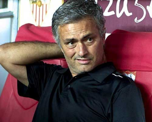 Mourinho: Chưa có bao giờ tệ như hôm nay - 2