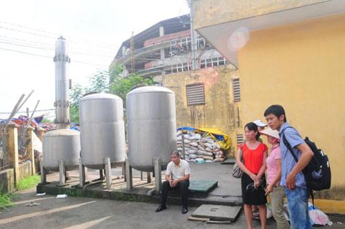 Ở chung cư tiền tỉ, uống nước cực độc - 4