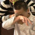 An ninh Xã hội - Vợ bắt gặp chồng hiếp dâm bé tâm thần