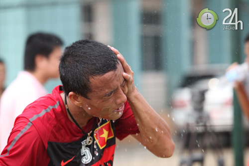 """Cận cảnh """"khổ luyện"""" của ĐT Việt Nam - 12"""