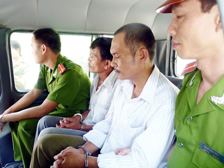 """Bắt 6 đối tượng """"ăn"""" đất của làng ĐH Đà Nẵng - 3"""