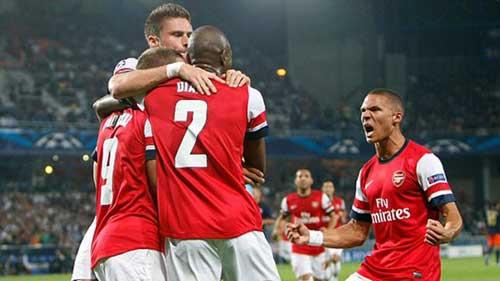 Arsenal: Vạn sự khởi đầu nan - 2