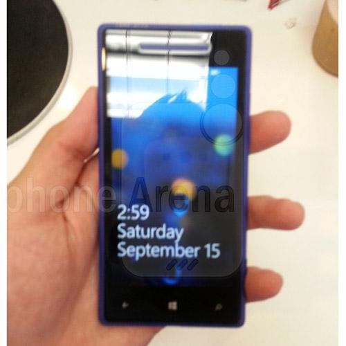 HTC Accord chạy Windows Phone 8 lộ diện - 1