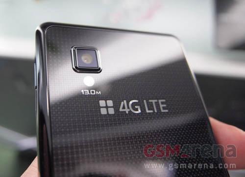 """LG Optimus G: """"Dế"""" khủng, giá """"chát"""" - 3"""