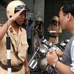 Tin tức trong ngày - Nâng tầm văn hóa cho cảnh sát giao thông