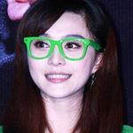 Thời trang - Sao Cbiz hóa ngây thơ với kính Nobita