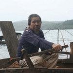 Tin tức trong ngày - Ông già 20 năm lặn hụp cứu người