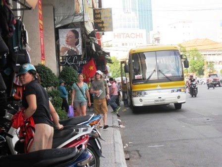 """Cướp giật """"đại náo"""" đường phố SG (P.2) - 2"""