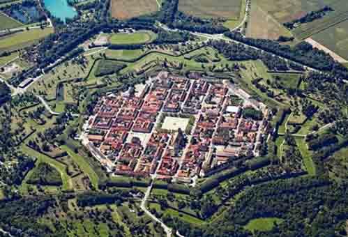 10 pháo đài kiên cố hình sao - 9