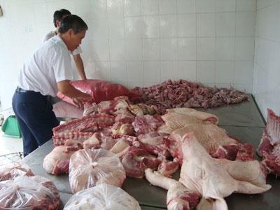 Thịt bẩn, xử lý không xuể - 1