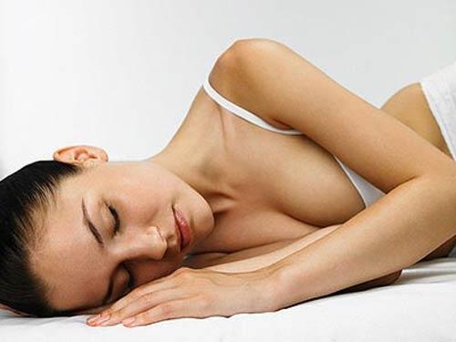 13 sai lầm phá hoại sức khỏe trước khi ngủ - 3