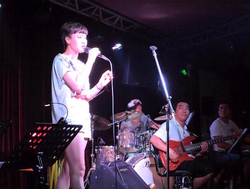 Học trò Thu Minh, Trần Lập hăng say tập hát - 9