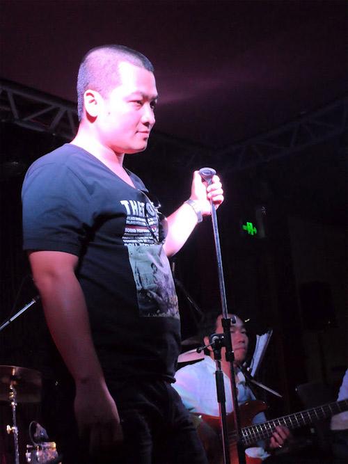 Học trò Thu Minh, Trần Lập hăng say tập hát - 10