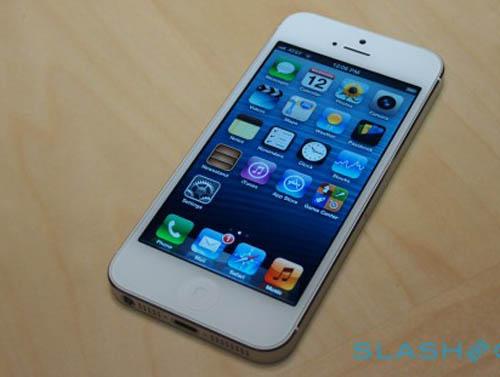 """Apple tốn bao nhiêu """"đô"""" cho 1 chiếc iPhone 5? - 1"""