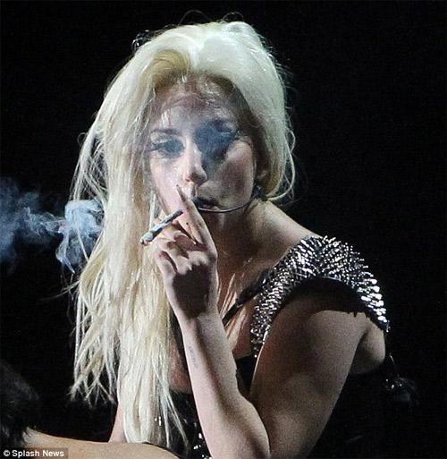 """""""Tôi chắc chắn Lady Gaga có bầu"""" - 5"""
