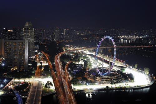 Singapore GP: Cuộc rượt đuổi trong đêm! - 1