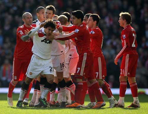 Liverpool tiếp MU: Địa ngục Anfield - 1