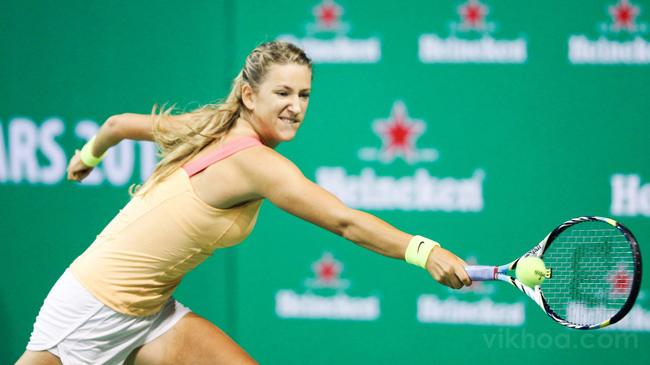 Victoria Azarenka dĩ nhiên là tay vợt được chú ý nhất với vị trí số 1  thế giới ở nội dung đơn nữ và đặc biệt là tiếng hét của cô trong từng cú  đánh.