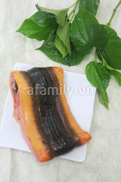 Cách làm lươn xào lá lốt - 1